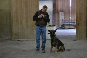 Police Officer Helps Start Dog Training Association